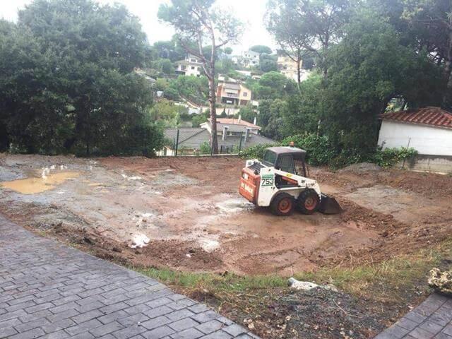 construcciones jardines con maquinaria